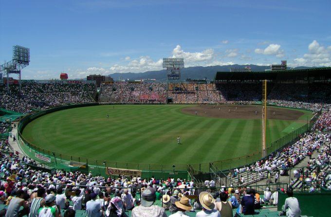 Hanshin_Koshien_Stadium_2007-21